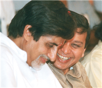Rajendra Darda with superstar Amitabh Bachchan
