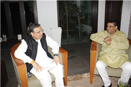 Rajendra Darda with actor Paresh Rawal.