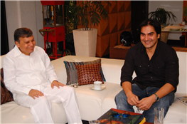 Rajendra Darda with actor Arbaaz Khan.