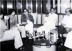 Rajendra Darda with actor Dr Shriram Lagoo and editor Baba Dalvi.
